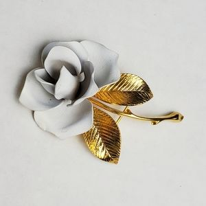 """Vintage Cerrito Pale Gray Rose In Bloom Brooch Gold Plated Broach 1980s 2.25"""""""